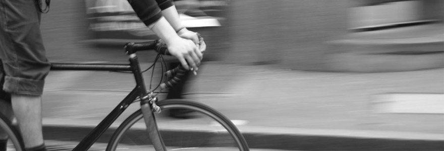 Pourquoi remplacer votre scooter par un vélo électrique pour vos livraisons ?