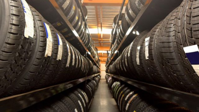 Achat de nouveaux pneus de voiture : dénicher des prix avantageux en ligne