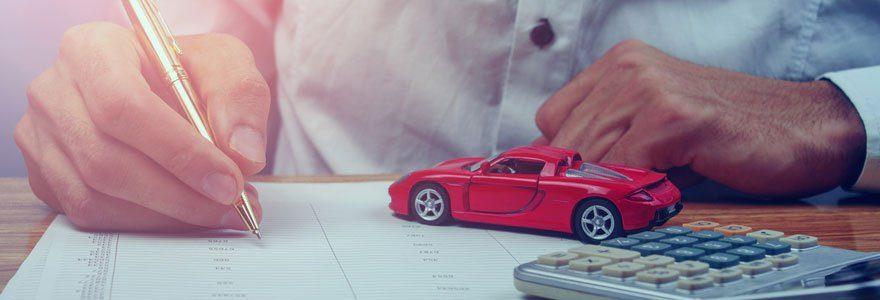 Voiture sans permis : souscrire une assurance en ligne